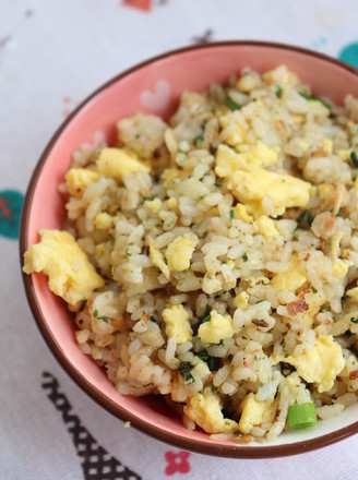 Fried rice with clams, seaweed and egg recipe