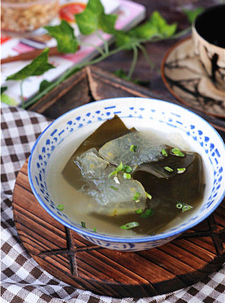 Seaweed and Winter Melon Soup recipe
