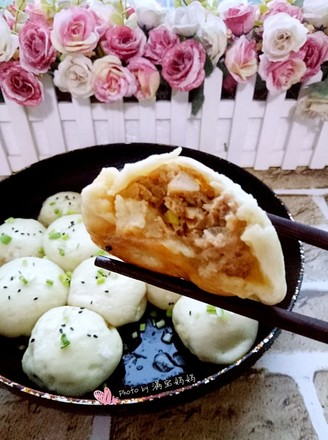 Fried bamboo shoots and fresh meat recipe
