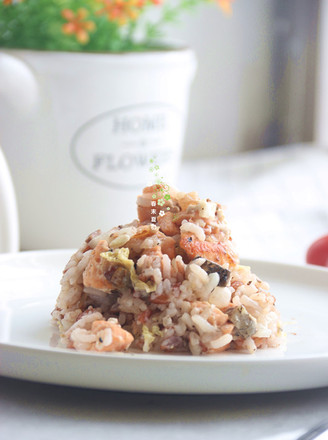 Leftovers turned into delicious black pepper salmon braised rice recipe